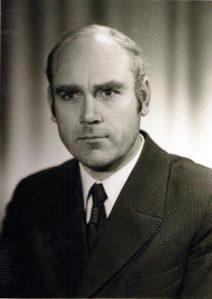 Pirmasis mokyklos direktorius Pertas Kaminskas (1977-1992 m.)